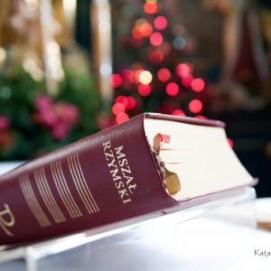 Profesjonalny fotograf ślubny zwraca uwagę także na detale i szczegóły podczas ślubu w Bielsku-Białej