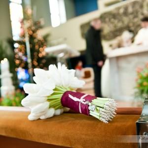 Dobry fotograf ślubny zawsze znajdzie czas na zrobienie kilku zdjęć detalom towarzyszącym ceremonii ślubu w Bielsku