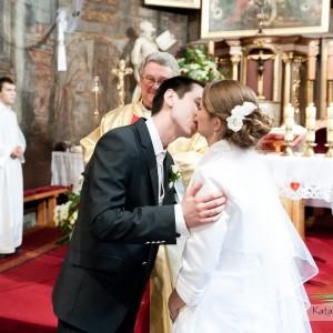 Kasia i Radek zdecydowali się na reportaż ślubny dokumentujący przebieg całej ceremonii zawarcia małżeństwa w Bielsku