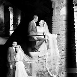 Nowożeńcy Beata i Łukasz na fotografiach wykonanych na plenerze ślubnym w otoczeniu starówki Bielska-Białej