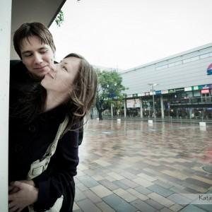 Sesja przed ślubna narzeczonych robiona w ich rodzinnym mieście Bielsku, to świetna okazja by oswoić się obiektywem