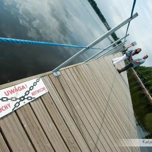 Park, jezioro czy plaża to świetna sceneria do sesji narzeczeńskiej czy ślubnej, można także wybrać starówkę Bielska-Białej