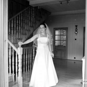 Fotografie ślubne z przygotowań do ślubu w Bielsku są wyjątkową pamiątką aby zapamiętać te chwile