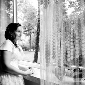 Plener ślubny to obok zdjęć z przygotowań do ślubu w Bielsku dobre momenty na spontaniczne zdjęcia