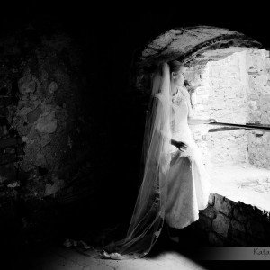 Zdjęcia ślubne wykonane przez profesjonalnego fotografa z Bielska to wyjątkowa pamiątka dla nowożeńców