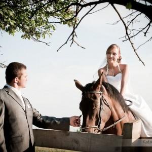 Reportaż ślubny w połączeniu z sesją plenerową to doskonała pamiątka dla nowożeńców z Bielska-Białej