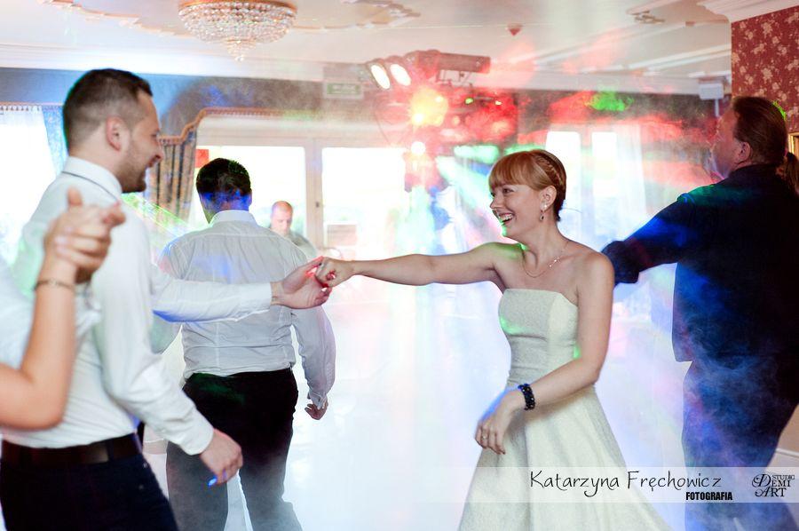 Fotograf na wesele Bielsko-Biała zabawa gości podczas wesela